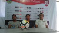 Pelatih PSIM Yogyakarta, Bona Simanjuntak. (Bola.com/Ronald Seger Prabowo)