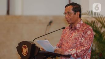 Mahfud Md Minta Polisi Tak Buru-Buru Simpulkan Pelaku Pembakaran di Masjid Raya Makassar Sebagai ODGJ