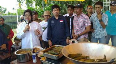 Beberapa olahan sagu yang ditampilkan dalam Festival Sagu Nusantara di Kepulauan Meranti.