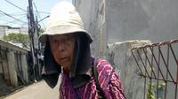 Kisah Kakek Tukang Sol Sepatu | facebook.com/rarakecil.rarakecil.3
