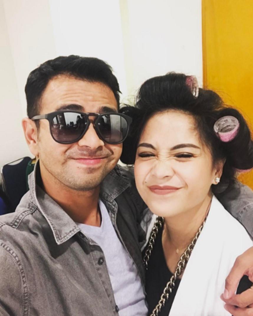 Raffi Ahmad dan Nagita Slavina, mesranya nyata. (Instagram @raffinagita1717)