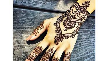 8 Inspirasi Henna Tangan Super Cantik Untuk Calon Pengantin Fimela Fimela Com