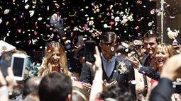 Fernando Llorente melaksanakan pernikahan di San Sebastian, Spanyol. (EPA/Javier Etxezarreta)