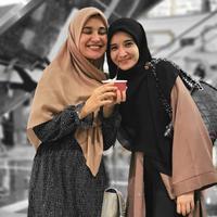 Zaskia Sungkar dan Shireen Sungkar (Sumber: Instagram/zaskiasungkar15)