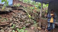 Hujan deras memicu longsor di Gunungkidul. (Foto: Liputan6.com/Hendro Ary Wibowo)