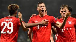 1. Robert Lewandowski (Bayern Munchen / 54 Gol dari 81 laga Liga Champions) - Bomber asal Polandia ini memang merupakan tipikal striker nomor sembilan yang memiliki naluri tinggi dalam mencetak gol. (AFP/Glyn Kirk)