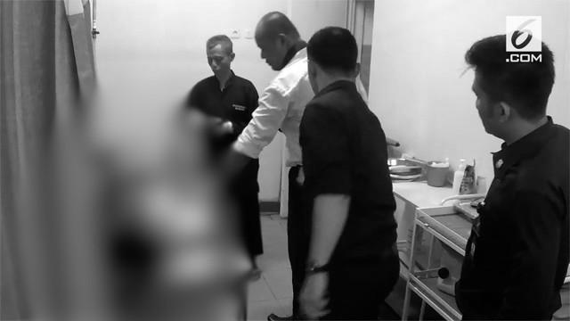 Seorang siswi SMK ditusuk pria tak dikenal di kawasan Bogor, Jawa Barat.