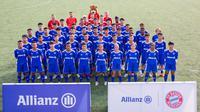 Peserta Allianz Explorer Football Camp 2019 di Singapura. (Allianz)