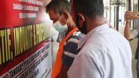 Lelaki paruh baya inisial Y (54) di Kota Pariaman memperkosa gadis belia usia 19 tahun. (Liputan6.com/ Humas Polres Pariaman)
