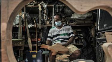Geliat Industri Gitar Rumahan Bertahan di Masa Pandemi Corona
