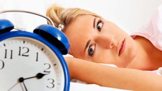 Kenapa Saat Jatuh Cinta Orang Jadi Susah Tidur Health