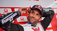 Johann Zarco merupakan pembalap asal Prancis yang kini berlaga di kelas para raja, MotoGP