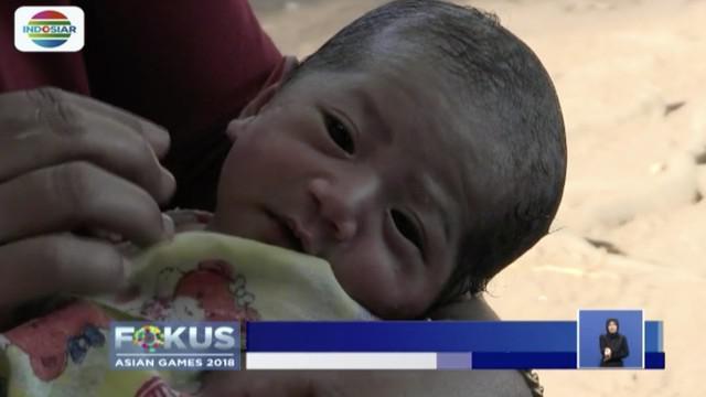 Sejumlah bayi lahir di tenda pengungsian korban gempa Lombok, Nusa Tenggara Barat. Salah satunya bayi mungil bernama Salima Nazia.