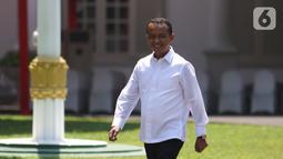 Ekspresi mantan Ketua Umum Himpunan Pengusaha Muda Indonesia (HIPMI) Bahlil Lahadalia saat tiba di Istana, Jakarta, Selasa (22/10/2019). Bahlil dipanggil Presiden Joko Widodo atau Jokowi untuk menempati salah satu pos kementerian di Kabinet Kerja Jilid II. (Liputan6.com/Angga Yuniar)