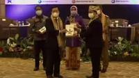 Peningkatan Indeks Literasi Masyarakat (PILM) dan Pengukuhan Bunda Literasi Kabupaten/Kota se-Provinsi Lampung, Selasa, (15/06/2021). (Liputan6.com/ Ist)