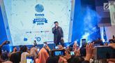 Musisi Virgoun hibur peserta Emtek Goes to Campus 2018 di Universitas Kristen Petra Surabaya, Jawa Timur, Rabu (14/11). Dalam penampilannya Virgoun membawakan tiga lagu yaitu bukti, surat cinta untuk starla, pedih.(Www.sulawesita.com)
