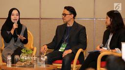 Si Ratu Sampah Sekolah Amilia Agustin, Head of Corcomm PT Astra International Tbk Boy Kelana Soebroto dan Aktris Dian Sastrowardoyo saat berbagi cerita pada acara IdeaFest 2018 di JCC, Jakarta, Jumat (26/10) (Liputan6.com)