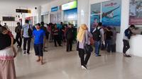 Penumpang di Bandara Djalaludin Gorontalo (Liputan6.com/ Andri Arnold)