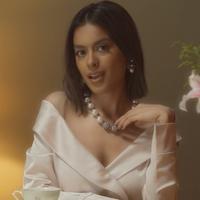 Eva Celia di MV All About You (Youtube Eva Celia)