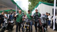 Kementerian Ketenagakerjaan (Kemnaker) menyambut baik program promotif preventif Tahun 2019 yang dilakukan BPJS Ketenagakerjaan dengan pembagian 5.500 helm dan safety riding serta sosialisasi tentang keamanan berkendara.
