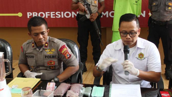 Polisi Berhasil Ujar Industri Ekstasi Rumahan Di Aceh