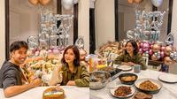 Momen Ulang Tahun Sheila Dara yang ke-28, Dapat Kejutan Dari Vidi Aldiano. (Sumber: Instagram/vidialdiano)