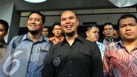 Ahmad Dhani bersama pengacaranya, Ramdan Alamsyah. (Liputan6.com/Panji Diksana)