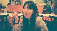 Beberapa waktu lalu, Suzy terlihat berliburan di Pulau Jeju. Tampaknya ia sudah mulai menjalankan rencananya untuk berlibur. Ia tampak mengunggah beberapa postingan foto saat berlibur ke Pulau Jeju.. (Foto: instagram.com/skuukzky)