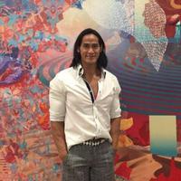 Sudah tak ikut kompetisi binaraga sejak 16 tahun lalu, Ade Rai tetap jaga kesehatan. (Foto: Instagram/ade_rai)