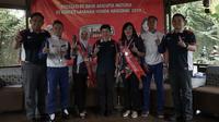 PT Daya Adicipta Motora selaku dealer utama sepeda motor Honda wilayah Jawa Barat kembali menorehkan prestasi di Kontes Layanan Honda Nasional (KLHN) 2019 melalui dua perwakilannya. (DAM)