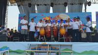 Pesta Rakyat Simpedes (PRS) resmi diawali dan dilaksanakan di Stadion Joyokusumo, Pati, Jawa Tengah, Minggu (13/10).