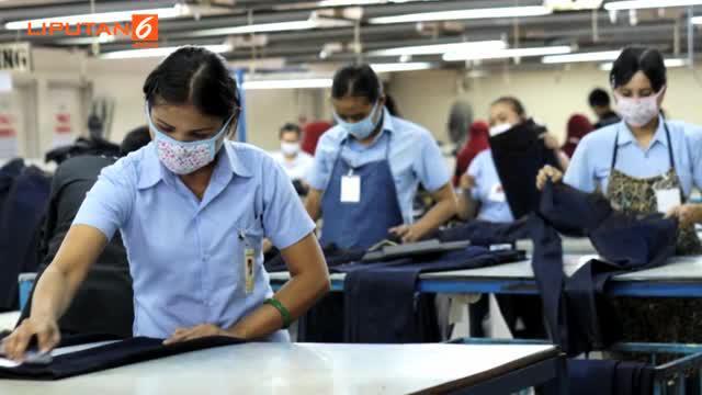 Disnaker Surabaya mencatat jumah pekerja asing ilegal yang ada di Jawa Timur mencapai 7.000 orang. Para pekerja ini banyak berkumpul di pasar Atom surabaya.