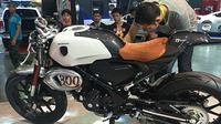 Honda 300 TT Cafe Racer (Motorbeam)