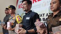Barang bukti diduga untuk politik uang yang pernah disita Bawaslu di Riau. (Liputan6.com/M Syukur)