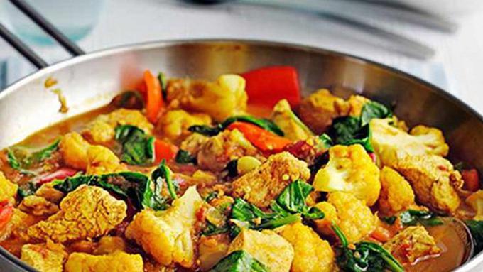 ayam ayam masak kunyit berkuah Resepi Ayam Masak Kunyit Berkuah Enak dan Mudah