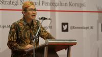 Wakil Ketua KPK Alexander Marwata saat menjadi pembicara di hadapan para aparatur pemda se-Indonesia di The Sunan Hotel Solo, Rabu (25/9).(Liputan6.com/Fajar Abrori)