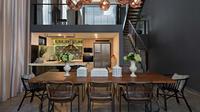 Ruang makan modern karya HelloEmbryo. (dok.Arsitag.com)