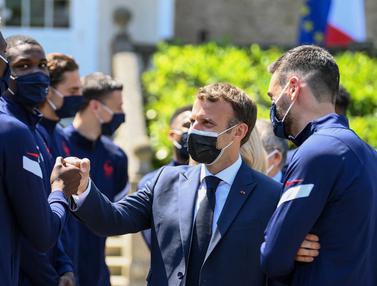 Foto Piala Eropa: Berada di Grup Neraka Euro 2020, Presiden Macron Berikan Semangat Kepada Timnas Prancis