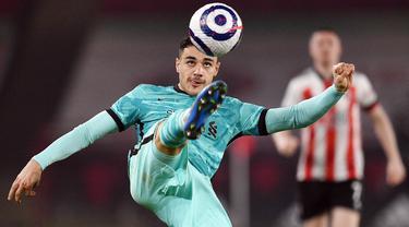 FOTO: 7 Pemain Muslim yang Menjadi Andalan di Klub Premier League