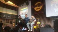 CEO Hammersonic, Ravel Junardy (tengah) bersama Sansan Killing Me Reunion (kanan) dan host Gofar Hilman, saat jumpa pers Hammersonic 2020 di Jakarta, Kamis (19/12). (Istimewa)