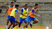Sesi latihan Bhayangkara Solo FC di Stadion UNS, Kamis (25/2/2021). (Dok Bhayangkara Solo FC)