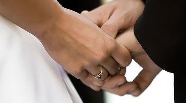 menikah-131007b.jpg