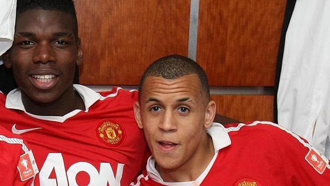 Ravel Morrison (kanan) dan Paul Pogba (kiri). (Dok. Manchester United)