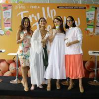 #TurnUpTheGlow mengajak para perempuan untuk mengeksfoliasi dengan bahan alami. (c) Fimela/Stella Maris