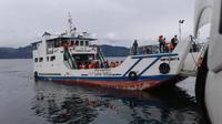 Pencarian dan pertolongan korban tenggelamnya KM Sinar Bangun melibatkan lima tim utama berkekuatan besar dengan tugas berbeda. (foto: Liputan6.com / Reza Perdana)