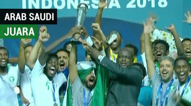 Berita video momen Arab Saudi U-19 menjadi juara Piala AFC U-19 2018 setelah pada partai final mengalahkan Korsel (Korea Selatan ) U-19 dengan skor 2-1 di Stadion Pakansari, Bogor, Minggu (4/11/2018).