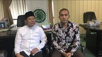 Dengan bantuan Ketua Komisi Dakwah dan Pengembangan Masyarakat, Cholil Nafis, Uus minta maaf.