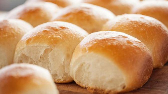 Resep Roti Sobek Teflon Seratnya Lembut - Lifestyle Fimela.com