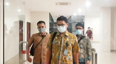 Pegawai Bea Cukai Tembilahan usai jalani pemeriksaan terkait penembakan Haji Permata oleh penyidik Polda Riau.