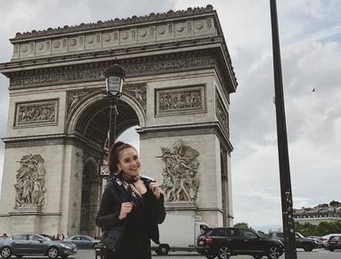 Potret Gaya Cantik dan Elegannya Ayu Ting Ting Saat Berlibur Ke Paris